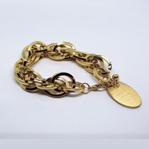 Jewelry - 🚨 5/$20 Gold colored bracelet